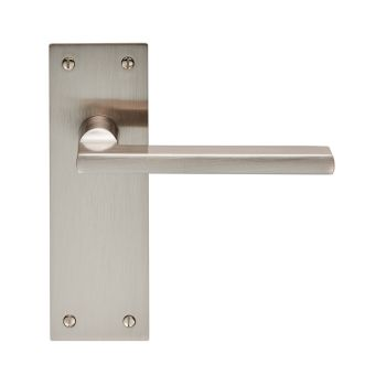 Trentino Lever on Backplate Latch